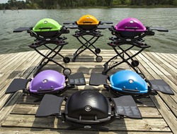 This model has eight lid color variations available. Titanium, purple, red, green, black, fuchsia, orange, and blue.